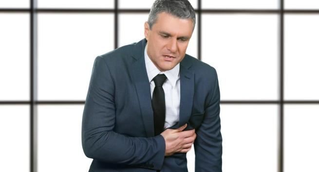 Những yếu tố nguy cơ có thể gây đau tim âm thầm - Ảnh 1.