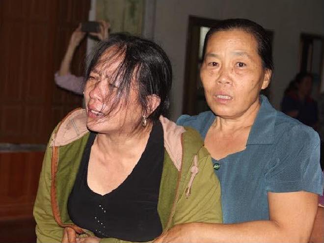 Người thân đổ về xóm nghèo 4 người bị điện giật tử vong: Anh không về nữa, em sống thế nào đây! - Ảnh 2.