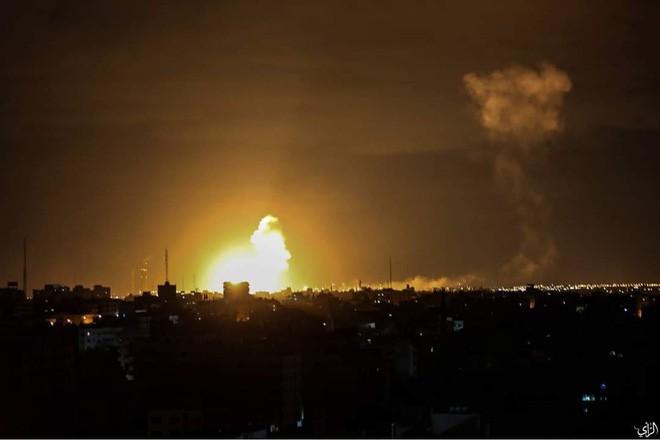 """Tên lửa tấn công Israel: """"Vòm Sắt"""" ồ ạt khai hỏa, chiến cơ xuất kích nã đạn chưa từng thấy - Ảnh 6."""