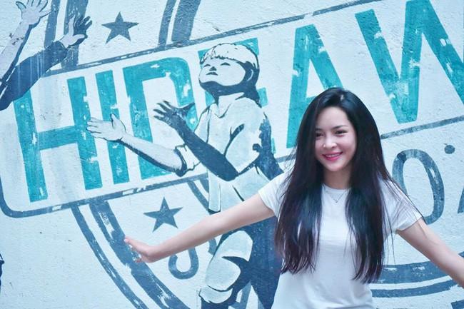 4 năm từ ngày đập đi xây lại, hot girl thẩm mỹ Vũ Thanh Quỳnh ngày càng quyến rũ, vi vu du lịch khắp nơi - Ảnh 18.