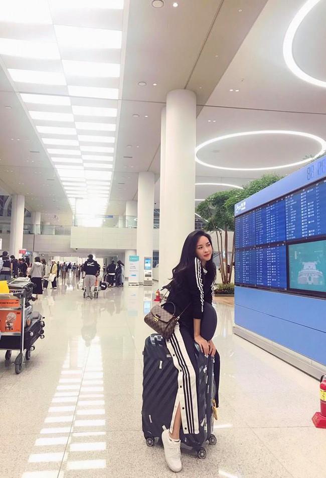 4 năm từ ngày đập đi xây lại, hot girl thẩm mỹ Vũ Thanh Quỳnh ngày càng quyến rũ, vi vu du lịch khắp nơi - Ảnh 10.