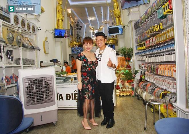 Học trò đại gia của danh hài Minh Nhí: Nhiều người đề nghị tôi bỏ tiền mua vai - Ảnh 3.