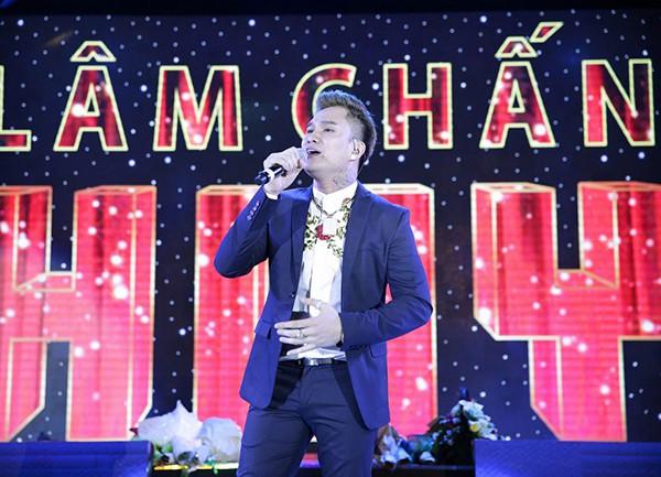 """Cuộc sống giàu có ở tuổi 37 của """"ca sĩ hội chợ"""" Lâm Chấn Huy - Ảnh 4."""
