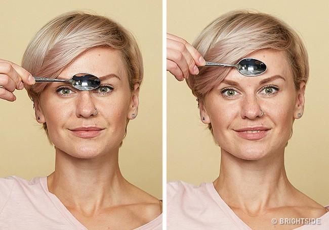 Massage chống lão hóa kiểu châu Á: Chỉ dùng thìa mà sau 2 tuần đã có da mặt căng mọng, khỏe mạnh không nếp nhăn - Ảnh 3.