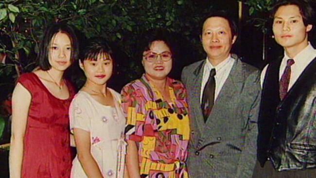 Bé gái gốc Việt biến mất không để lại dấu vết, 18 năm sau thủ phạm bất ngờ đầu thú, bố mẹ sốc vì hắn ở ngay trước mắt - Ảnh 5.