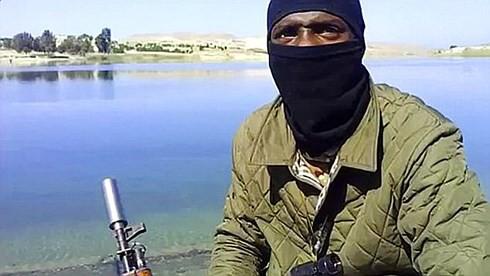 """""""Làn sóng"""" góa phụ IS từ Syria trở về Anh - Ảnh 3."""
