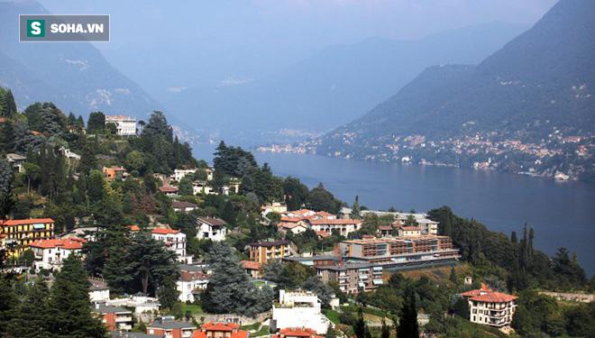 Hồ nước nổi tiếng ở độ cao 2.000m trên dãy Alps bỗng nhiên cạn trơ đáy - Ảnh 1.