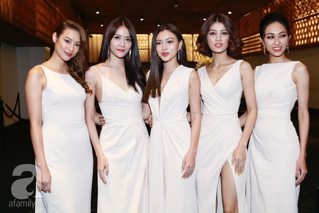 Bạn gái tin đồn của An Nguy cùng Á hậu Huyền My và dàn phụ dâu xuất hiện tại tiệc cưới Lan Khuê - Tuấn John - Ảnh 6.
