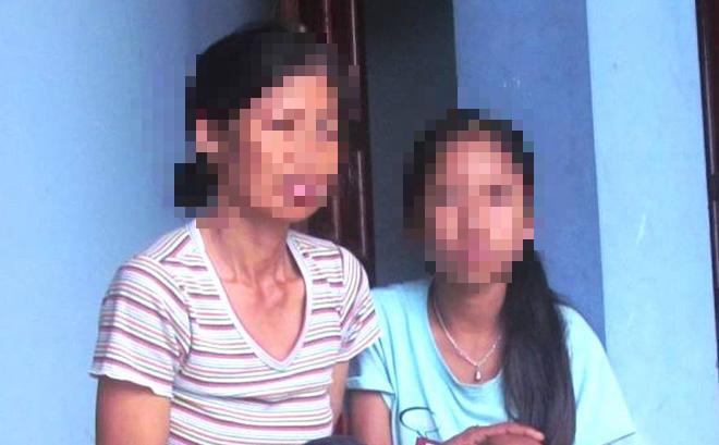 Bé gái nghi bị ông lão hàng xóm gọi vào xem tivi rồi hãm hiếp