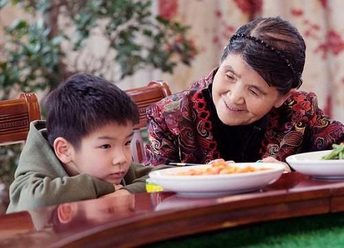 Cuộc sống của mỹ nhân phản bội Châu Tinh Trì, chấp nhận làm vợ bé suốt 10 năm giờ ra sao? - Ảnh 9.