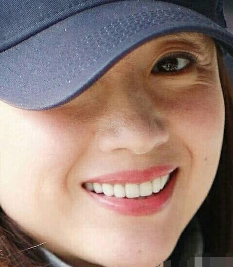 Choáng với nhan sắc thật sự của hoàng hậu Đổng Khiết: Da chảy xệ, gương mặt toàn nếp nhăn - Ảnh 8.