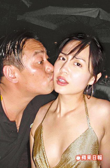 Tình cũ là Hoa hậu của Châu Tinh Trì: Bị chồng đại gia tung ảnh nóng, U50 vẫn đẹp bốc lửa - Ảnh 9.