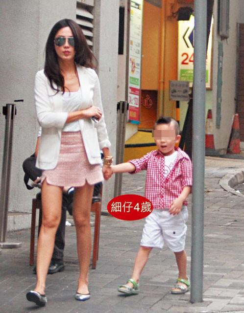 Tình cũ là Hoa hậu của Châu Tinh Trì: Bị chồng đại gia tung ảnh nóng, U50 vẫn đẹp bốc lửa - Ảnh 10.