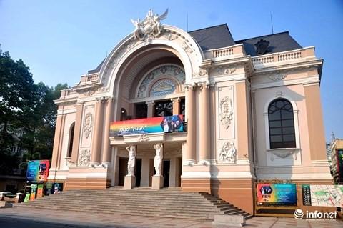 TP.HCM nhất trí đề án Sữa học đường và xây Nhà hát giao hưởng 1.500 tỷ đồng - Ảnh 1.