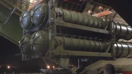 Lộ bằng chứng sốc: Nga giao cho Syria hàng gia bảo S-400, Moscow quyết chơi lớn? - Ảnh 3.