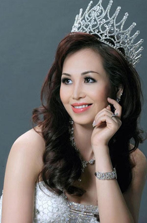 Áp lực lớn nhất khi Trần Tiểu Vy trở thành tân Hoa hậu Việt Nam - Ảnh 4.