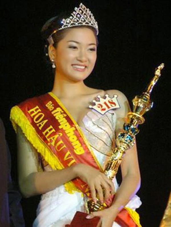 Áp lực lớn nhất khi Trần Tiểu Vy trở thành tân Hoa hậu Việt Nam - Ảnh 18.