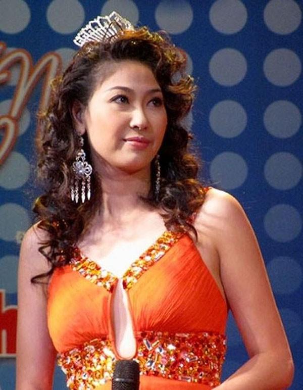 Áp lực lớn nhất khi Trần Tiểu Vy trở thành tân Hoa hậu Việt Nam - Ảnh 7.
