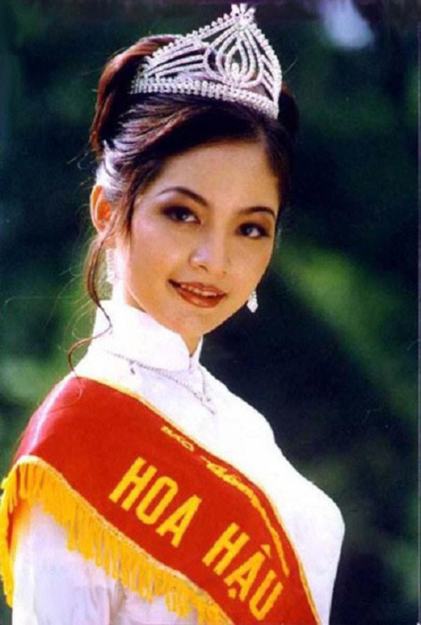 Áp lực lớn nhất khi Trần Tiểu Vy trở thành tân Hoa hậu Việt Nam - Ảnh 9.