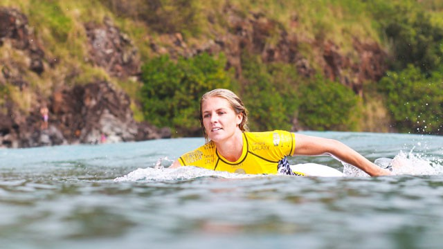 Stunned by the beautiful face of Australian surfers - Photo 2.