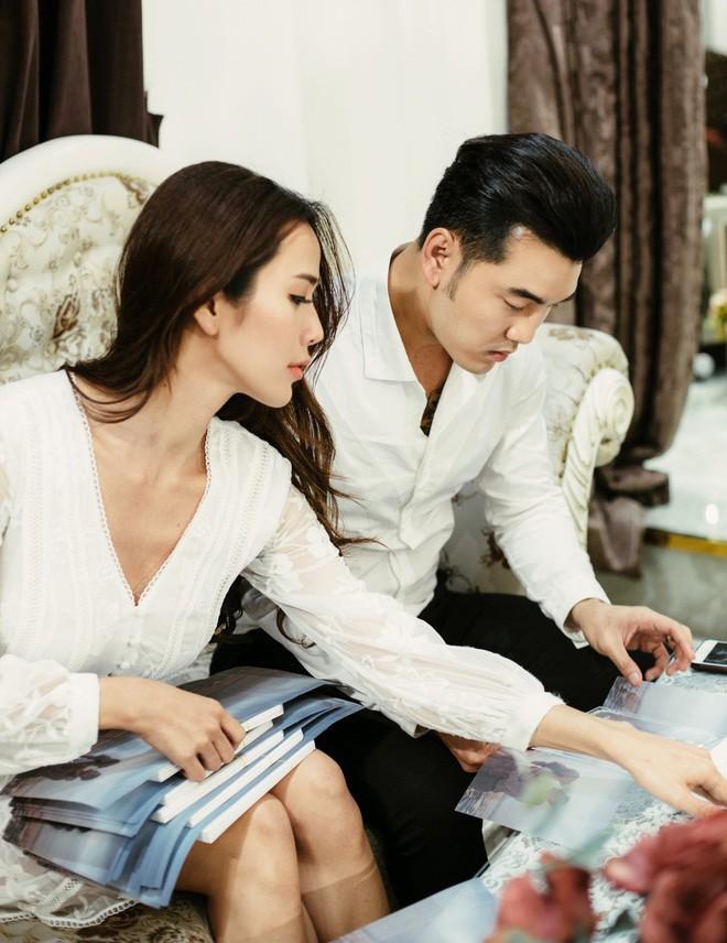 Sinh con trước, kết hôn sau: Trình tự tình yêu quen thuộc của sao Việt - Ảnh 11.