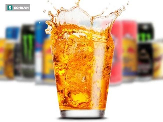 Dù chỉ uống 1 lon nước tăng lực, bạn cũng có thể gặp nguy hiểm này - Ảnh 1.