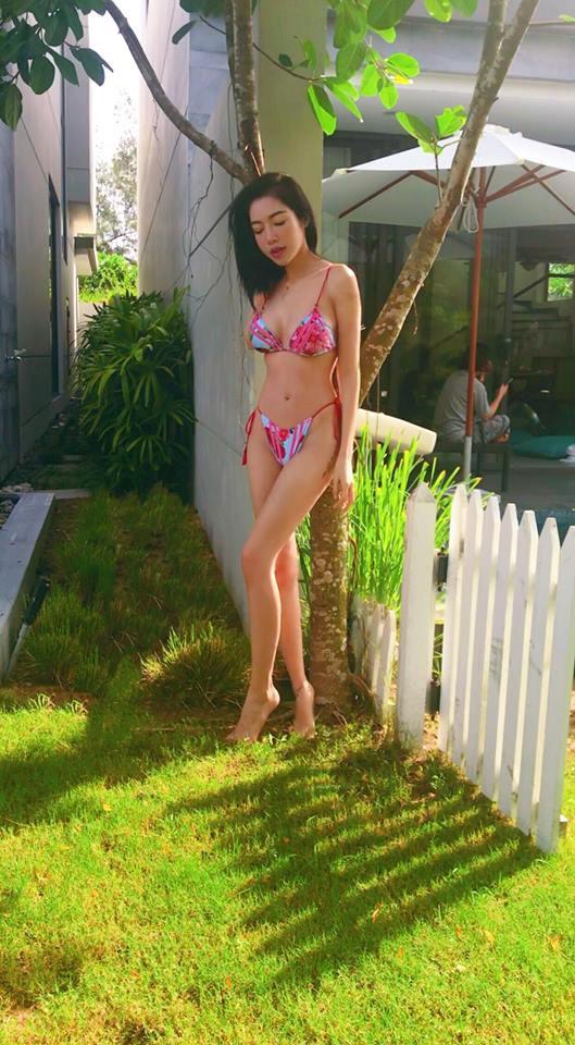 Sau khi bị chê gầy gò, Elly Trần liên tục đăng ảnh bikini nóng bỏng - Ảnh 9.