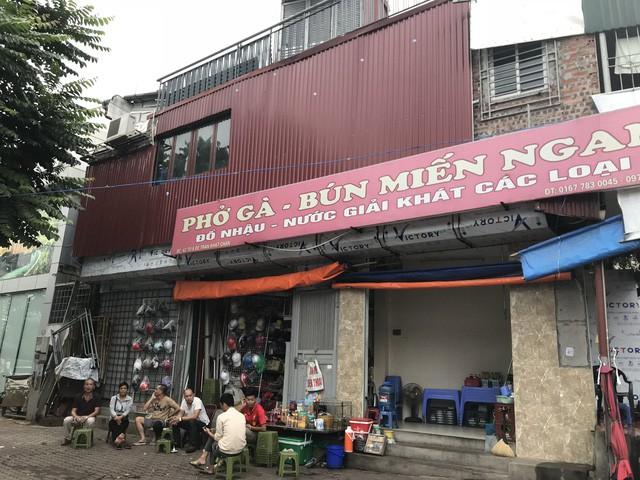 Những căn nhà quan tài, mặt tiền 1 mét ở phố mới Hà Nội - Ảnh 1.