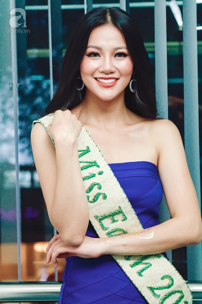 Hoa hậu Trái đất Phương Khánh: Giải thưởng mà mua được thì 87 nước khác mua trước rồi, làm gì tới lượt tôi - Ảnh 2.