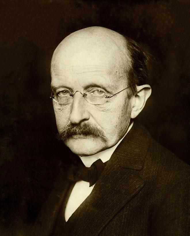 Bi kịch của cha đẻ hằng số Planck: Con trai bị hành quyết vì ám sát Hitler - Ảnh 1.