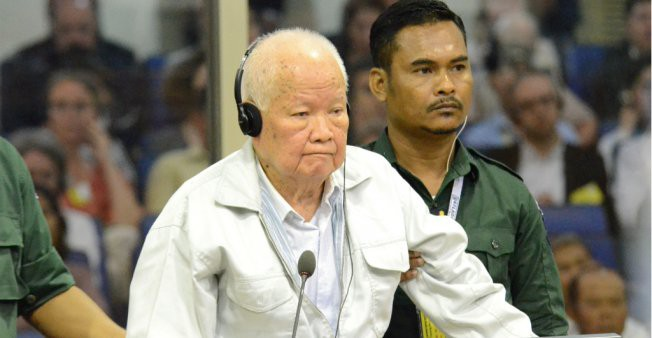 Anh Hai và anh Năm Khmer Đỏ nhận án chung thân vì tội diệt chủng - Ảnh 1.