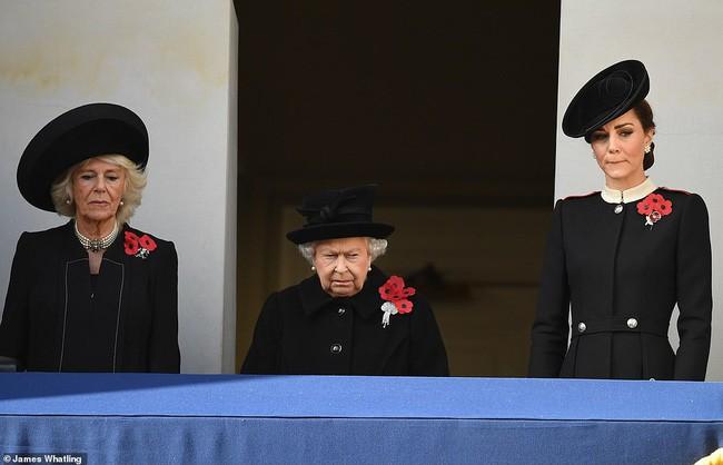 Cuối cùng, bà Camilla đã có được sự phê chuẩn của Nữ hoàng Anh, danh chính ngôn thuận lên ngôi hoàng hậu - Ảnh 3.