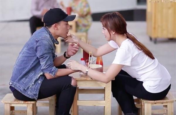 Các sao Việt liên tục bị đặt nghi vấn hẹn hò: người dũng cảm thừa nhận, người chờ mãi chẳng chịu khai - Ảnh 22.