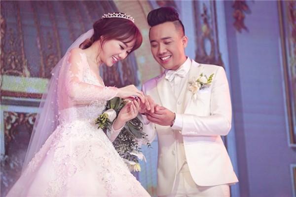 Các sao Việt liên tục bị đặt nghi vấn hẹn hò: người dũng cảm thừa nhận, người chờ mãi chẳng chịu khai - Ảnh 25.