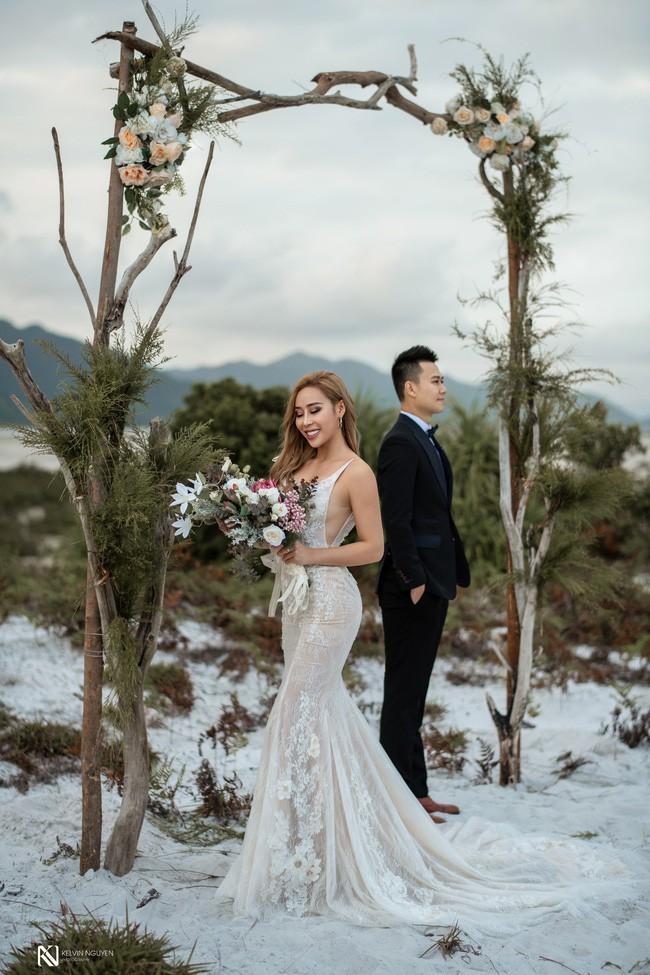 Lại thêm một bộ ảnh cưới khá sốc, cô dâu có thân hình bốc lửa táo bạo khoe vòng 3 nóng bỏng - Ảnh 7.