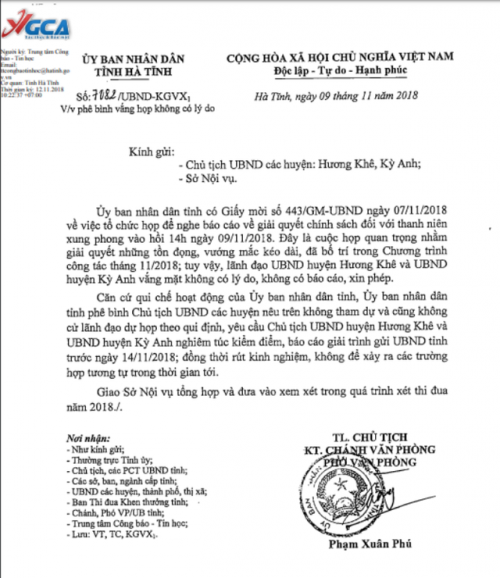 Vắng họp không lý do, 2 chủ tịch huyện ở Hà Tĩnh bị phê bình - Ảnh 1.