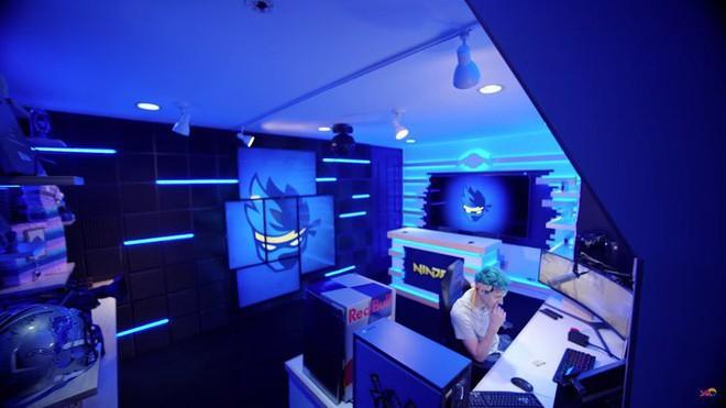 Bên trong studio khủng của hot streamer hàng đầu thế giới: Thiên đường công nghệ đội lốt tầng hầm - Ảnh 2.