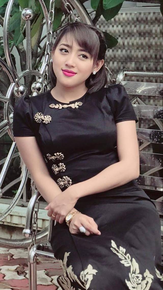 Cận cảnh vẻ đẹp sang chảnh như hoa hậu của kiều nữ yêu Messi Myanmar - Ảnh 1.