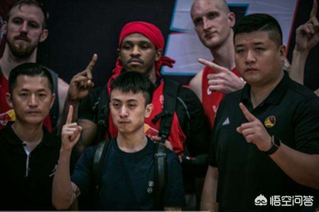 Cậu ấm có thân phận bí ẩn nhất Trung Quốc sở hữu đội bóng rổ 7 nghìn tỷ đồng - Ảnh 16.