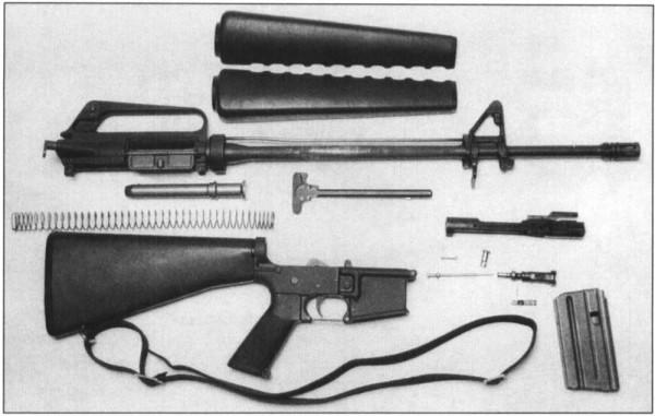 Khẩu M16 quá tệ ở Chiến tranh Việt Nam: Nhiều lính Mỹ nhặt súng AK và quý hơn đồ nhà! - Ảnh 7.