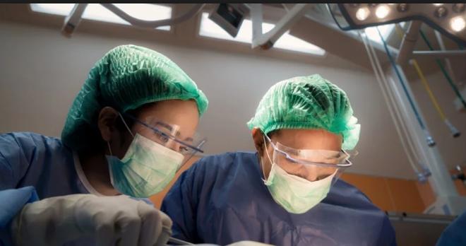 Trung Quốc: Rùng rợn nhân viên bệnh viện câu kết với băng nhóm tội phạm lấy trộm mắt của bệnh nhân - Ảnh 1.