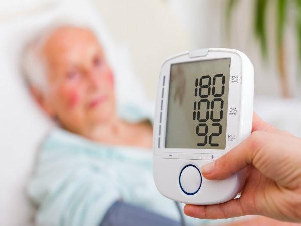Những loại thảo mộc tự nhiên hỗ trợ điều trị cao huyết áp - Ảnh 1.