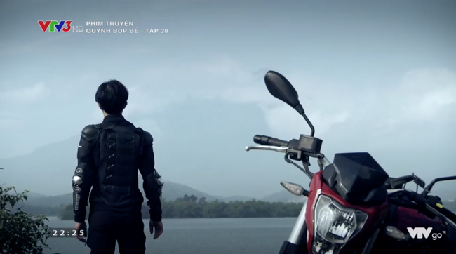 Cảnh soái ca bất thình lình xuất hiện như siêu anh hùng ở cuối phim, Quỳnh Búp Bê khiến fan háo hức chờ phần 2 - Ảnh 4.