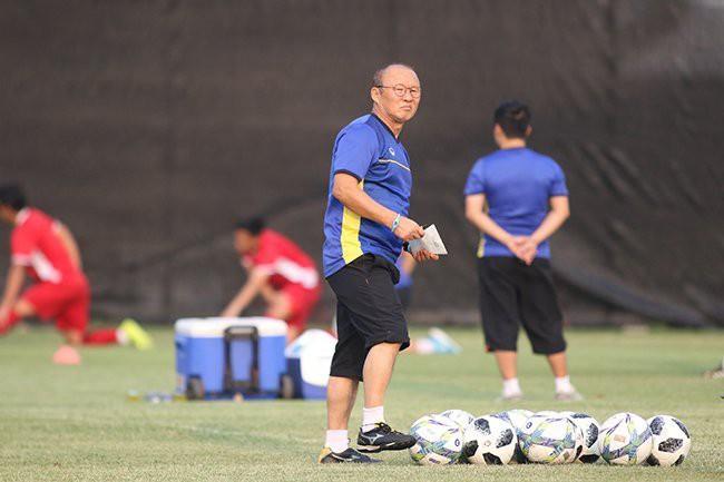 HLV Park Hang Seo: Người lái đò thay đổi vận mệnh bóng đá Việt Nam - Ảnh 5.