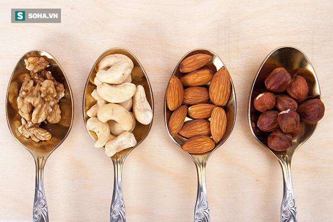Chuyên gia dinh dưỡng khuyên: Ăn một nắm hạt mỗi ngày, cơ thể sẽ nhận về rất nhiều lợi ích - Ảnh 1.