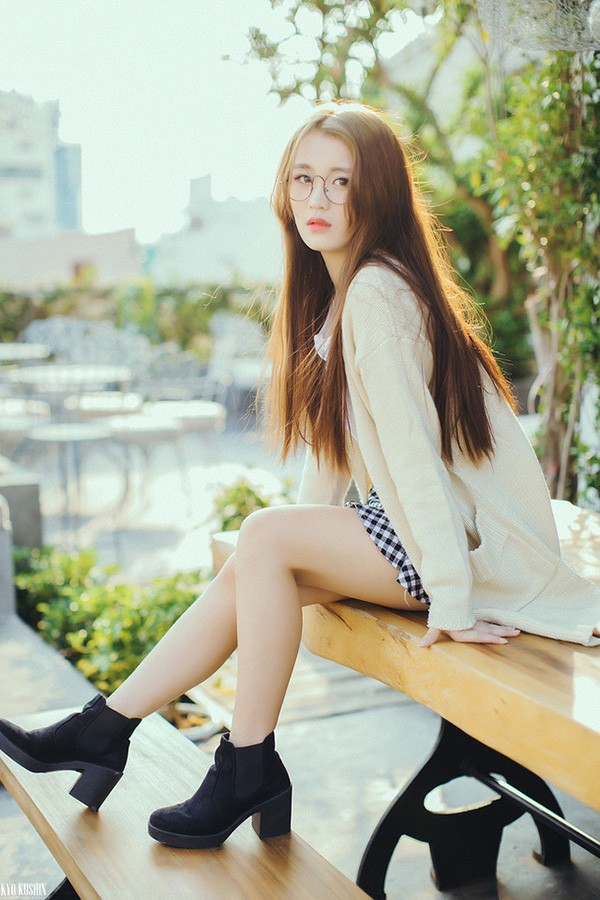 Danh tính nữ ca sĩ 18 tuổi đang sở hữu vòng eo nhỏ nhất showbiz Việt - Ảnh 5.