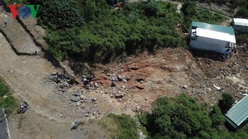Vụ sạt lở ở Nha Trang: Chủ đầu tư thừa nhận vỡ hồ bơi đang thi công - Ảnh 4.