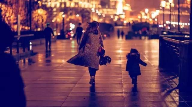 Trên đời này, đàn bà chỉ mang nợ đúng 2 người: Chị em càng ngẫm càng thấy cay mắt! - Ảnh 3.