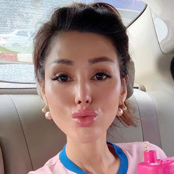 Cận cảnh gương mặt của Maria Đinh Phương Ánh sau khi trở lại showbiz - Ảnh 9.