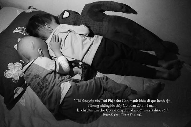 24 giờ của Tom - bộ ảnh xúc động của một người mẹ có con trai bị ung thư não khi mới 33 tháng tuổi - Ảnh 16.